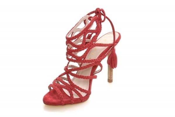 Loja virtual especializada em sapatos de numeração especial. Sapatos femininos adultos pequenos sapatos pequenos sapato especial calçados 30 31 32 33 Sapatos femininos pequenos. Numeração especialSandália em nobuck vermelho, salto fachete 10 cm.Númer