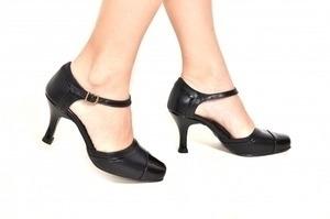 Sapato Preto Bico Verniz Preto