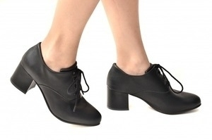 Sapato Oxford Cadarço Preto