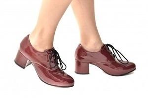 Sapato Oxford Cadarço Verniz Marsala
