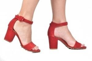 Sandália Tratorada Cam. Vermelha