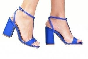 Sandália Tira Fina Azul