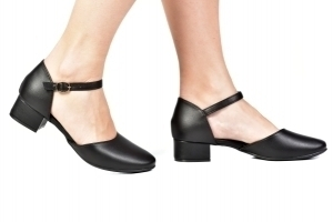 Sapato Boneca Aberto Saltinho Preto
