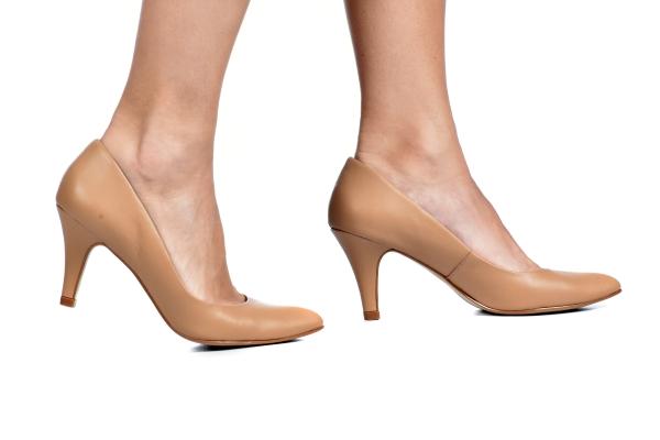 5492b64a05 Scarpin Basic Bege - Tamaños  30 - 31 - 32 - 33 - Ftérna - sapatos ...
