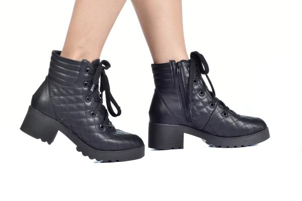 9e96a780d1 Numeração especial pequena Modelos exclusivos de sapatos Loja virtual  especializada em sapatos