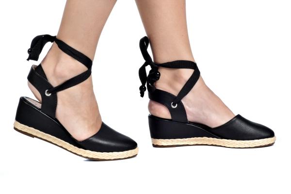 4173bf41ab Sapatos femininos pequenos. Numeração especial pequena Modelos exclusivos  de sapatos Loja virtual especializada em sapatos
