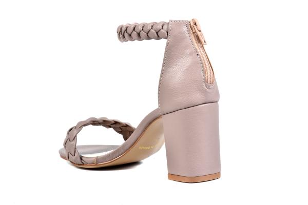 Sapatos femininos adultos pequenos com acabamentos diferenciados sapatos pequenos sapato especial calçados 30 31 32 33 Sapatos femininos pequenos. Numeração especial pequena
