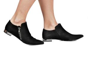Ankle Boot Saltinho Cromado Camurça Preta Premium