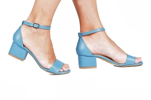 Sandália Baixa Azul Céu Básica Simples