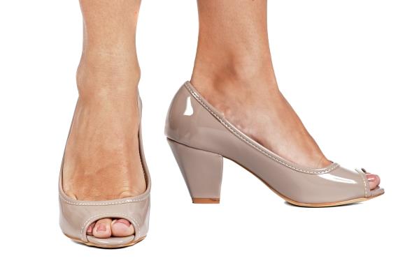 diferenciados sapatos pequenos sapato especial calçados 30 31 32 33 Sapatos femininos pequenos. Numeração especial pequena Modelos exclusivos de sapato