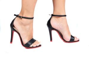 Sandália Gisele Alta Preta/Sola Vermelha