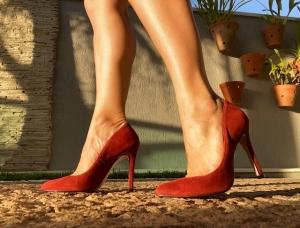 Scarpin Alto Clássico Cam. Vermelha Premium