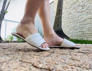 Chinelo Slide Marfim Confort